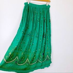 Vintage boho Gypsy skirt midi green hippy full